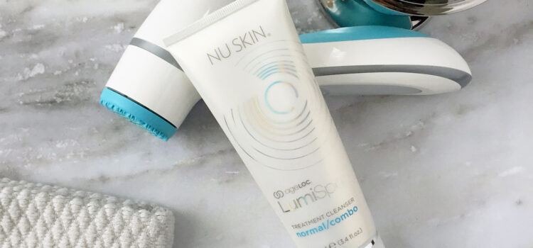 Nu Skin ageLOC LumiSpa Beauty Device Face Cleansing Kit